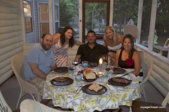 Souper traditionnel du Shabbat chez Alex et Liz avec Topanga
