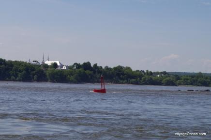 Les courants du fleuve sont impressionnants